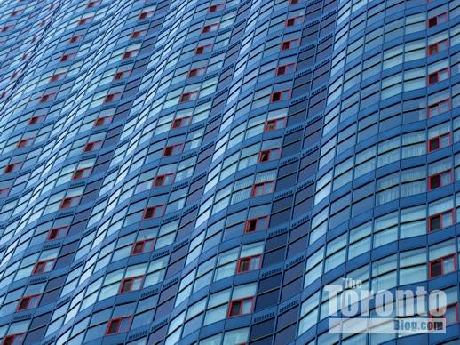 77 Harbour Square condo tower