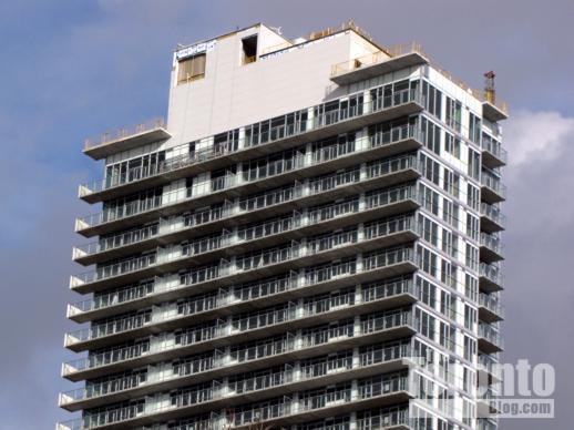 M5V condo tower