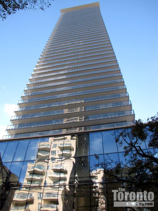 Casa condo tower