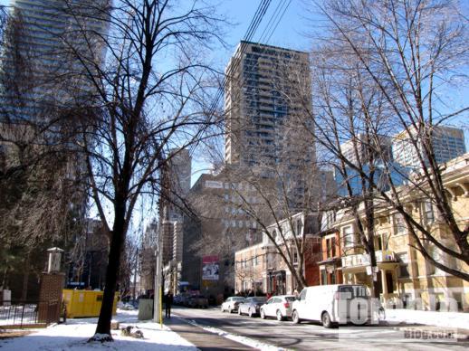 Charles Street East