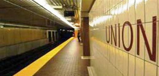 Union Station subway platform