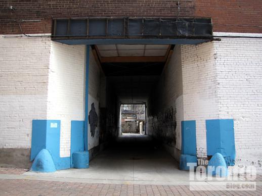 A passageway from St Nicholas Street to a laneway behind Yonge Street