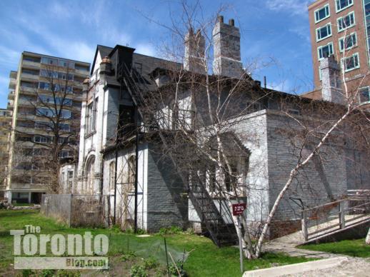 571 Jarvis Street mansion