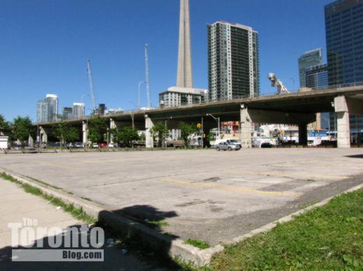 90 Harbour Street parking lot in Toronto