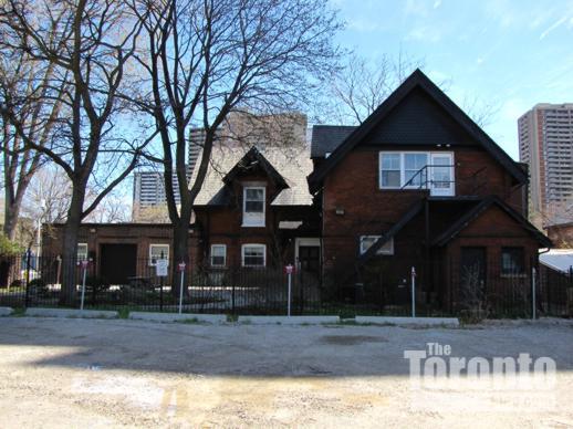 119 Isabella Street Toronto