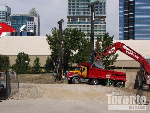 Ripley's Aquarium construction entrance