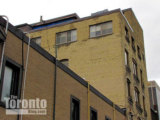 18 Gloucester Lane Toronto