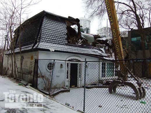 81 Wellesley Street East coach house
