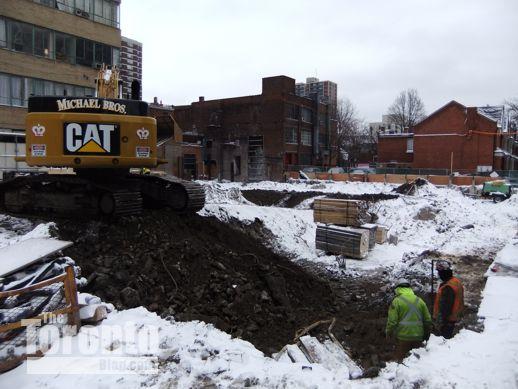 Nicholas Residences condo construction Toronto