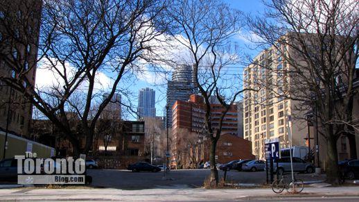 308 Jarvis Street Toronto parking lot