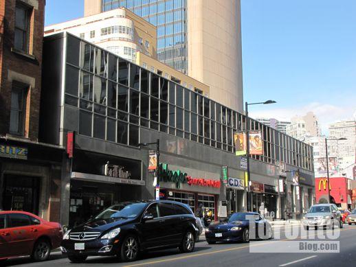 460 Yonge Street Toronto
