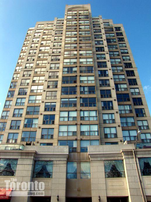 Metropolitan Essex condos 296-298 Jarvis Street Toronto