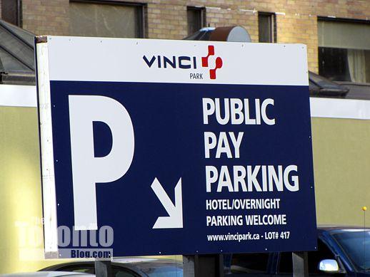 Vinci Park parking lot sign at 308 Jarvis Street