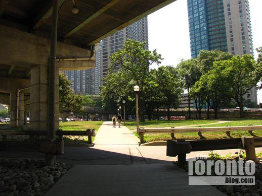 Park to the southeast of Ten York condo site