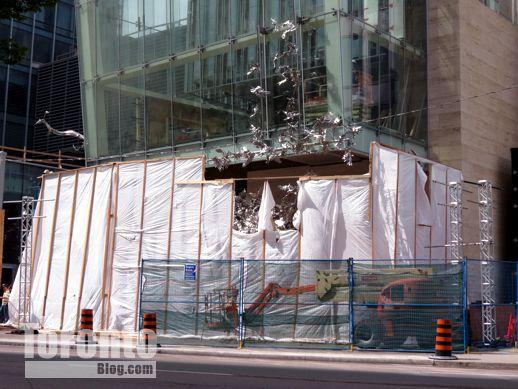 Living Shangrila hotel condo tower Toronto