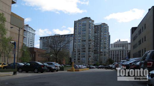 15 Wellesley Street municipal parking lot
