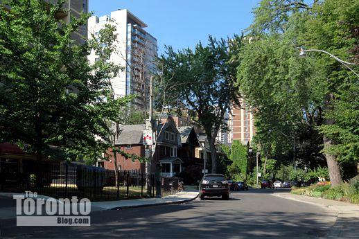 Dundonald Street Toronto