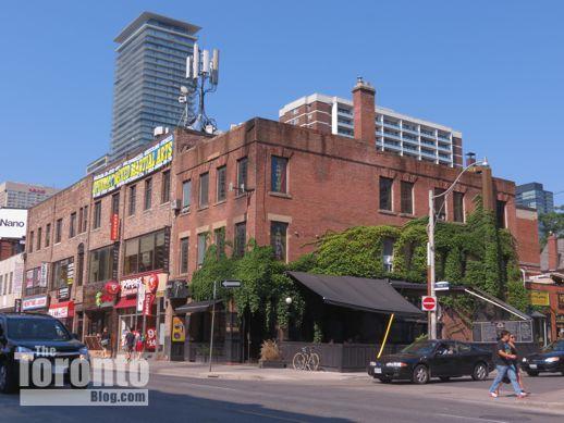 Bar Volo at 587 Yonge Street Toronto