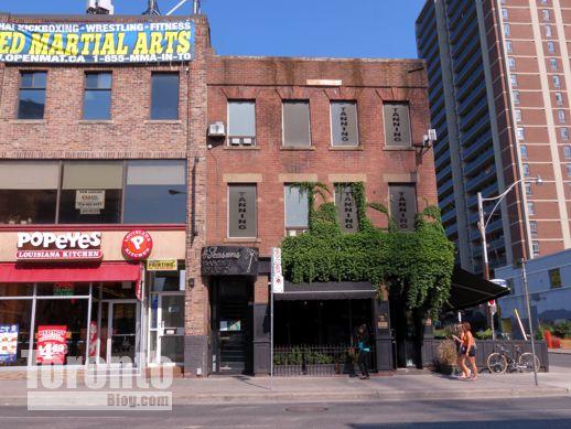 Bar Volo at 587 Yonge Street