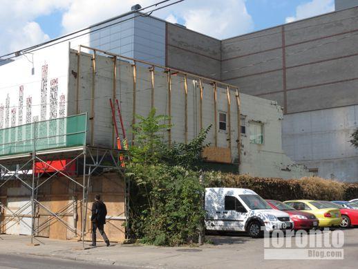 Alice Fazooli restaurant building demolition