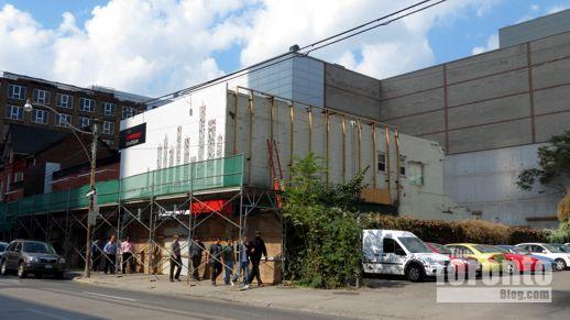 Alice Fazooli restaurant building demolition October 4 2012