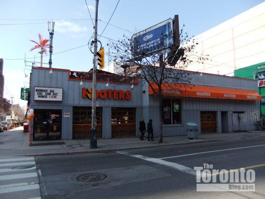 Hooters restaurant 280 Adelaide Street East