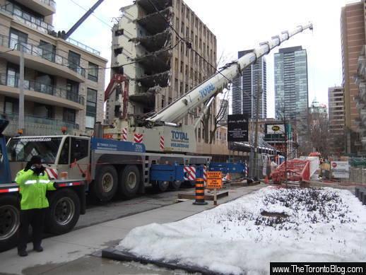 ChazYorkville crane installation