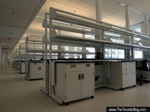 SickKids Tower dry lab interior