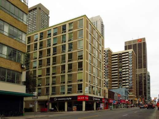 10 St Mary Street Toronto